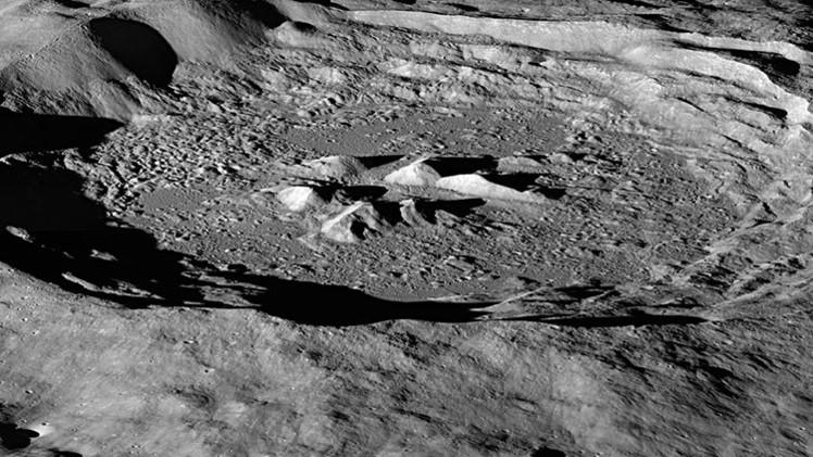 La NASA descubre señales de la presencia de agua en la Luna