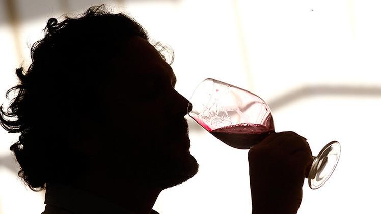 El vino ayuda a mejorar la memoria y el humor en la tercera edad