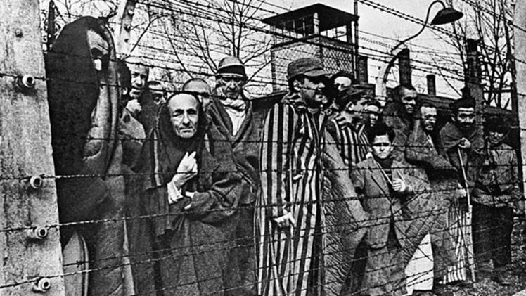 """Exposición 'humorística' sobre el Holocausto en Estonia, """"un insulto"""" a las víctimas"""