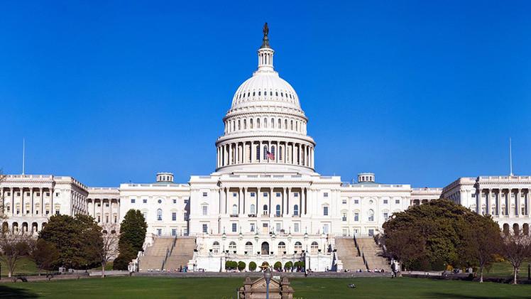 El Congreso de EE.UU. pide asignar a Ucrania una ayuda militar de 1.000.000 de dólares