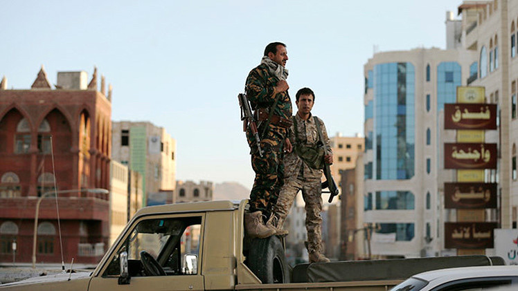 Insurgentes se apoderan de armas y vehículos de la embajada de EE.UU. en Yemen