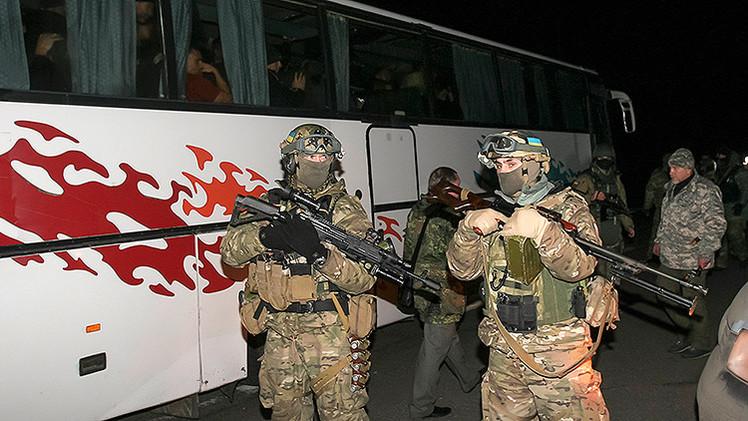 """Exministro alemán: """"Los europeos no quieren morir por Kiev"""""""