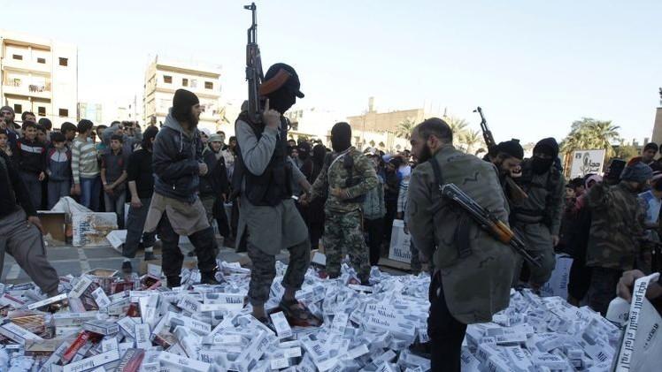El Estado Islámico decapita a los fumadores