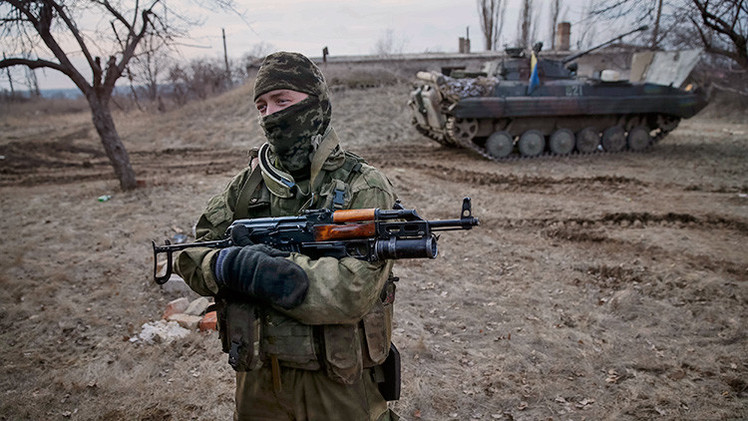 El líder radical ucraniano no acepta el alto el fuego y continúa la violencia