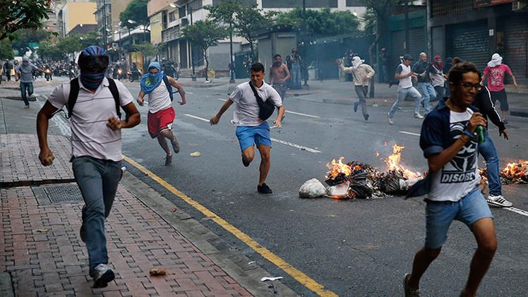 Detienen a dos implicados en el atentado golpista contra Maduro