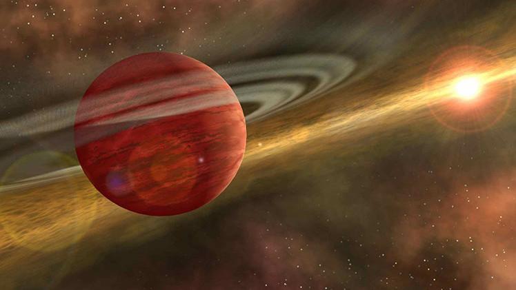 Descubren un extraño planeta gigante con un destino fatal