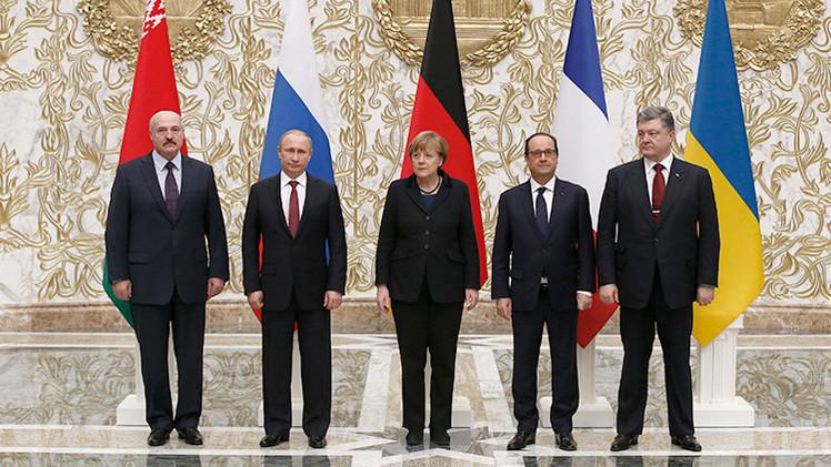 ¿Adiós a las armas? El frente diplomático logra una tregua en Ucrania, la noticia de la semana