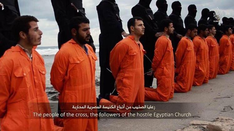 El Estado Islámico divulga el video de la decapitación de 21 egipcios cristianos