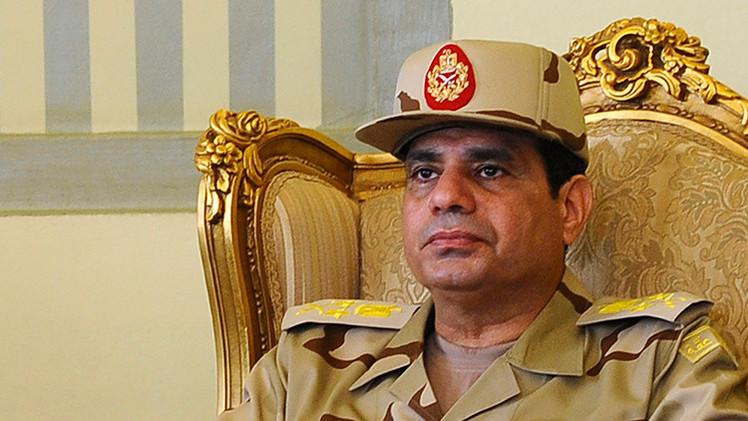 """El presidente de Egipto busca """"la venganza de la sangre"""" de 21 coptos ejecutados por EI"""