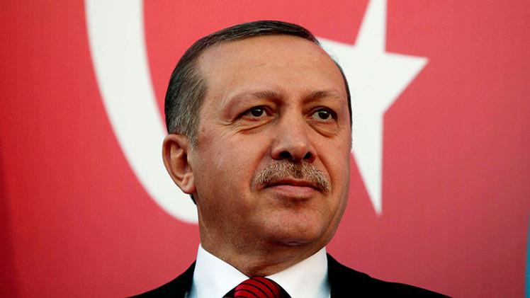 """Erdogan: """"No me importa estar solo en el mundo"""""""