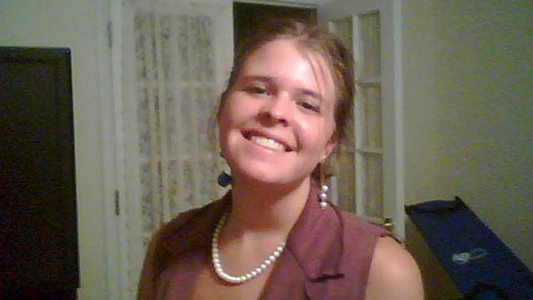 La rehén estadounidense del EI no llamó 'esposo' a su novio para salvarle la vida