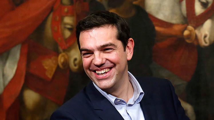 Tsipras declara la guerra a los privilegios: adiós a escoltas, aviones y coches oficiales