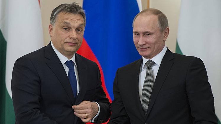 ¿Por qué los medios occidentales prestan tanta atención a la visita de Vladímir Putin a Hungría?