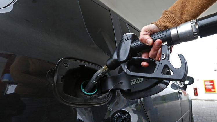 El petróleo barato allana el camino catastrófico para el planeta