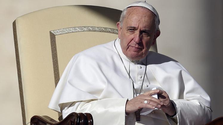 """Papa Francisco: Pagar salarios en negro es """"un pecado gravísimo"""""""