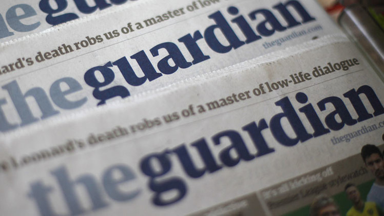 Polémica: 'The Guardian' cambia una noticia para no ofender a Apple