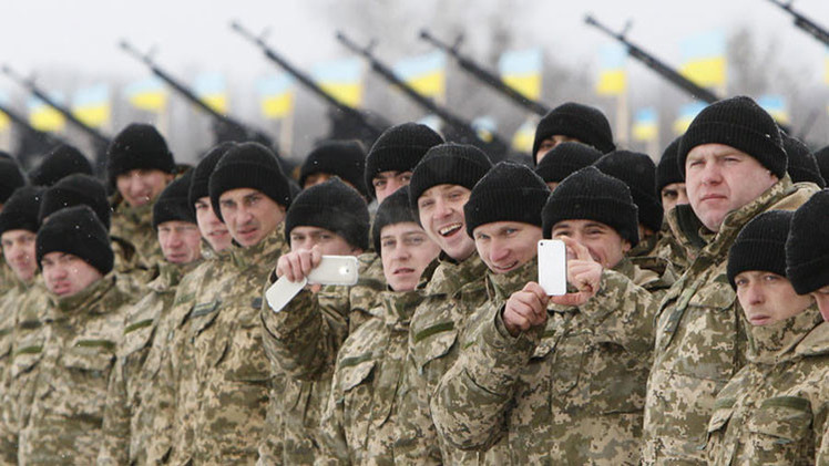 """Soldado británico: """"Fuerzas ucranianas no saben ni disparar, ni mandar"""""""