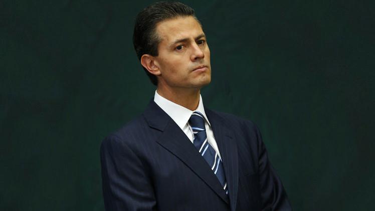 """'The Wall Street Journal': """"Peña Nieto, incapaz de reactivar la economía de México"""""""