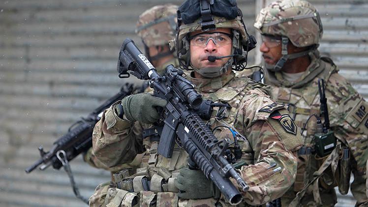 """""""La política exterior estadounidense está a cargo de los tontos"""""""