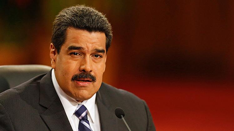 """Maduro aconseja a Obama que ordene """"el caos"""" de su política hacia Venezuela"""
