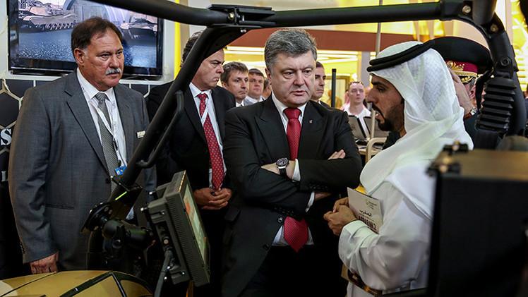 Kiev: Poroshenko acuerda con los Emiratos Árabes Unidos el suministro de armas