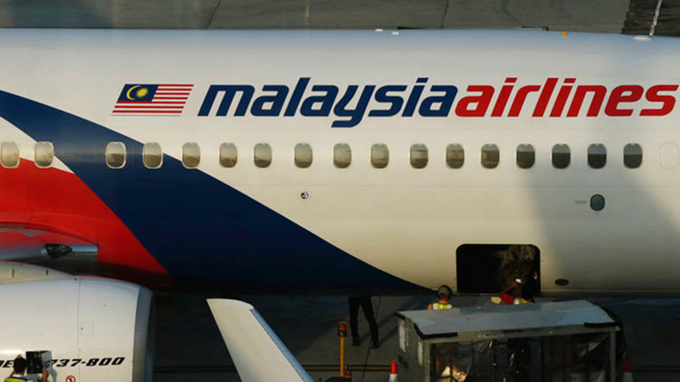 """""""¿Qué será lo siguiente?"""" La prensa occidental acusa a Putin de """"secuestrar"""" el avión malasio MH370"""