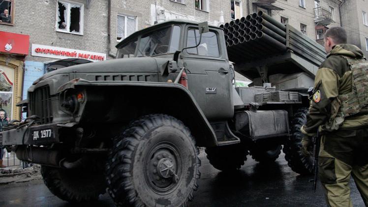 Ucrania: La OSCE confirma la retirada de armamento pesado por parte de las autodefensas