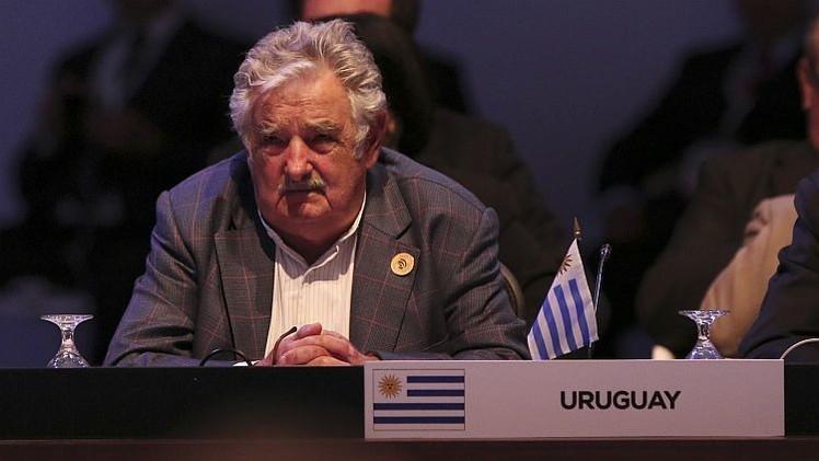 """Mujica: """"En Venezuela la oposición intenta violar la constitución"""""""