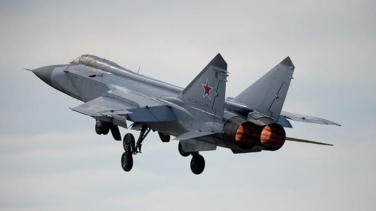 Cazas rusos ensayan cómo repeler un ataque masivo aéreo de misiles