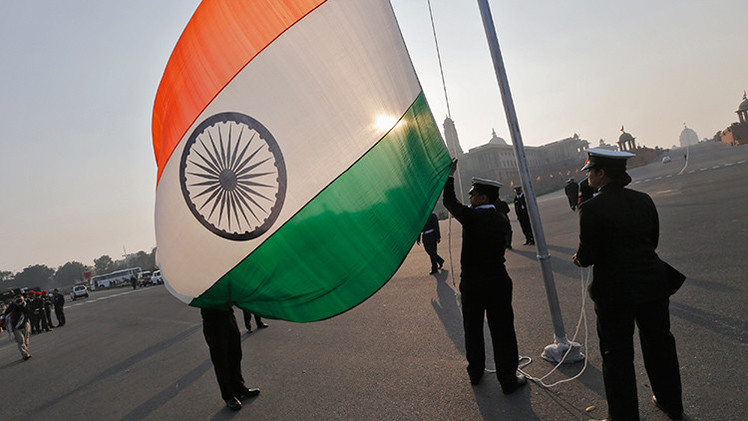 India negociará una zona de libre comercio con Rusia dentro de la Unión Aduanera