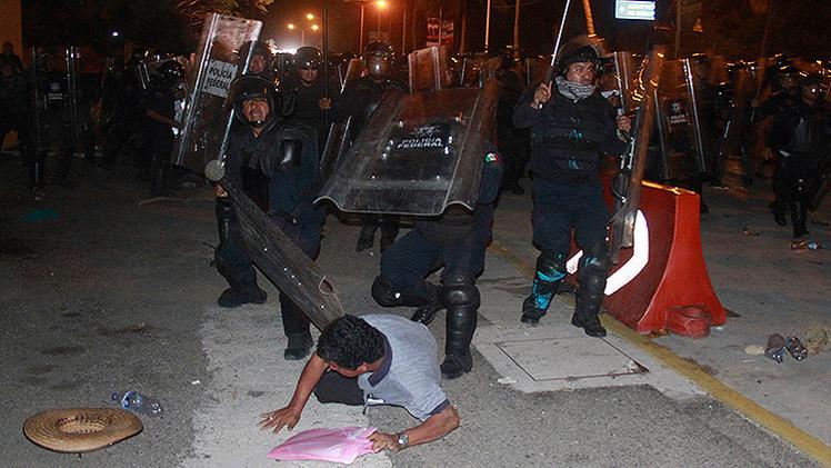 Denuncian la violación de 4 maestras por policías federales en protesta de Acapulco