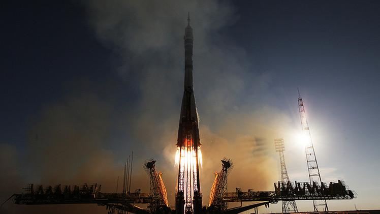 Rusia: Lanzan el cohete Soyuz-2.1a con un satélite militar a bordo