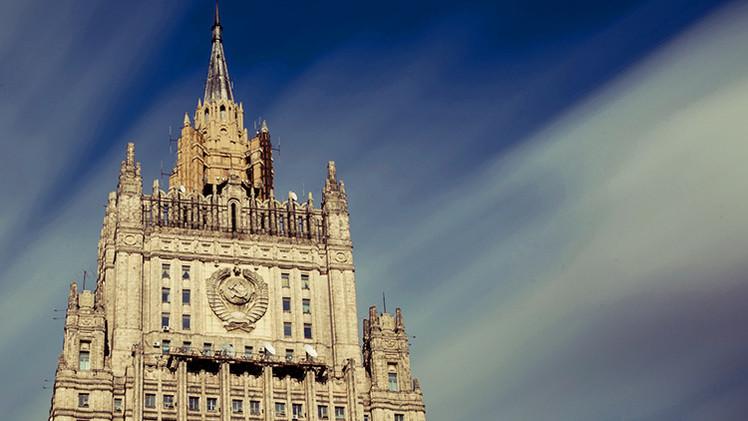 """""""La OTAN lleva a cabo propaganda masiva antirrusa para justificar su política agresiva hacia Rusia"""""""