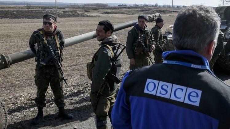 Diplomático chino sobre Ucrania: Occidente debe admitir el riesgo para la seguridad rusa