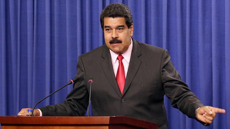 """Maduro acusa a la televisión """"de la burguesía"""" de alentar un golpe de Estado"""