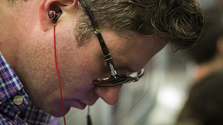 OMS: 1.100 millones de jóvenes están en riesgo de perder el oído por música o ruido