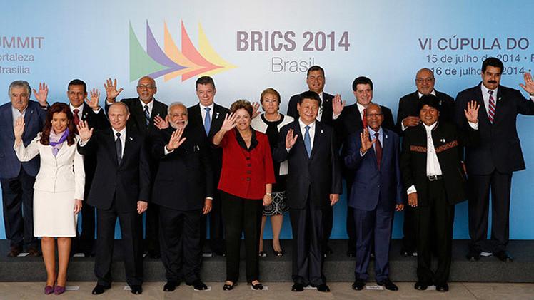 """La cooperación promovida por los BRICS es """"peor que una plaga"""" para EE.UU."""