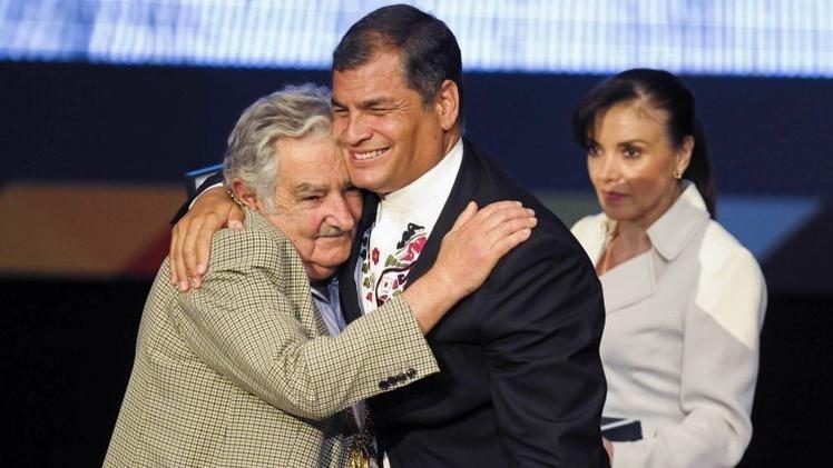 """Rafael Correa: """"Vamos a extrañar mucho a Pepe Mujica"""""""