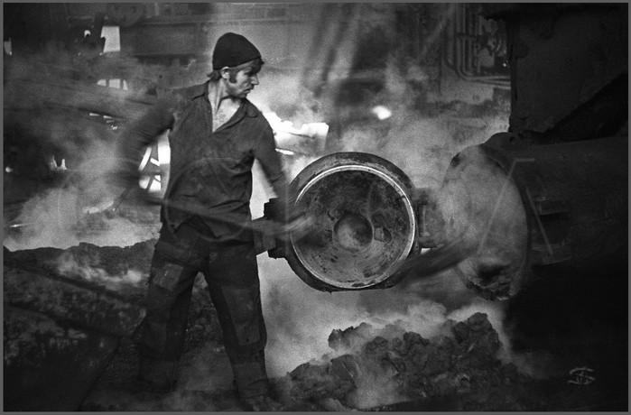Trabajador en el horno, Novokuznetsk, 1976
