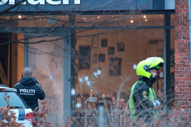 Estalla un tiroteo durante un fórum con el caricaturista de Mahoma en Copenhague