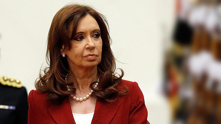 Un fiscal federal pidió abrir una investigación contra la presidenta argentina, Cristina Kirchner