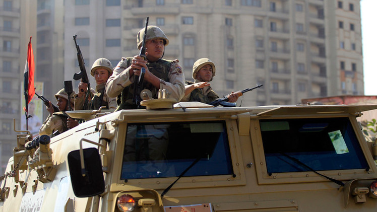 """Egipto puede empezar en Libia una """"guerra sin cuartel"""" contra el EI """"en unos días"""""""
