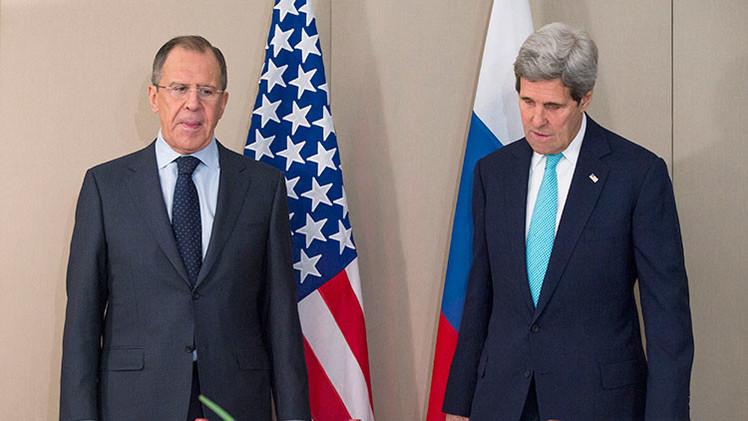 """""""Nuevas iniciativas sobre Ucrania son un intento de retrasar la aplicación de los acuerdos de Minsk"""""""