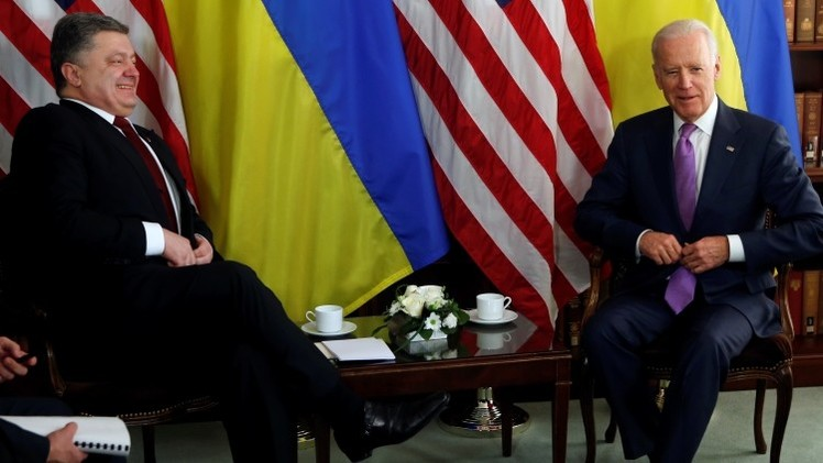 """Politólogo: Rusia """"no hace la vista gorda ante las amenazas de EE.UU."""""""