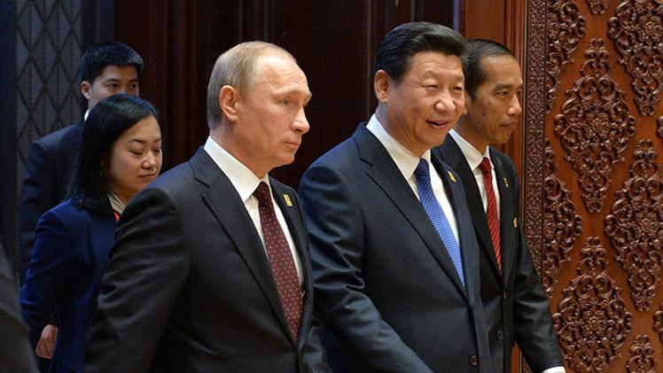 """""""Si EE.UU. sigue empujando a China y a Rusia, podrá ver una alianza militar"""""""