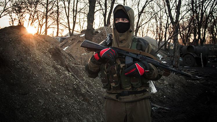 Video: Conozcan las antiguas armas soviéticas de las autodefensas del este de Ucrania