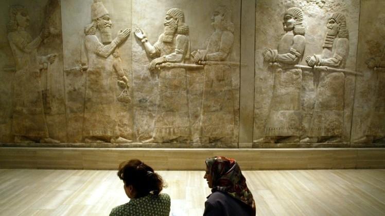 El Estado Islámico arrasa una antigua ciudad asiria en Irak
