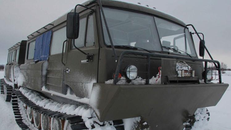 La brigada ártica rusa adopta 'monstruosos' habitáculos todoterreno de orugas