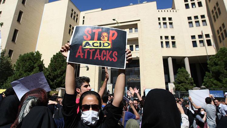 Ojo por ojo: la justicia iraní deja tuerto a un hombre por un ataque con ácido