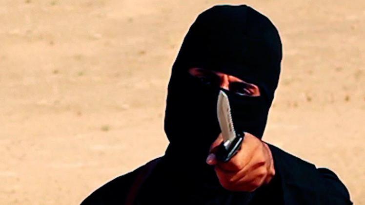 Video: Revelan cómo era el 'yihadista John' en su adolescencia y con sus amigos